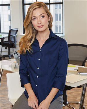 Van Heusen Ladies 3/4 Sleeve Baby Twill Shirt