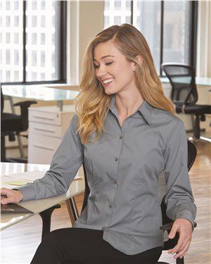 Van Heusen Ladies Silky Poplin Shirt